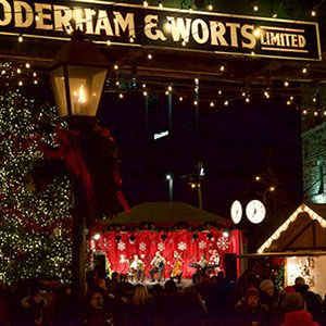 Toronto Christmas Market  |  Distillery District
