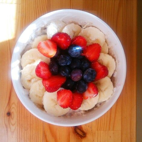 The best breakfast Oatmeal with fruits