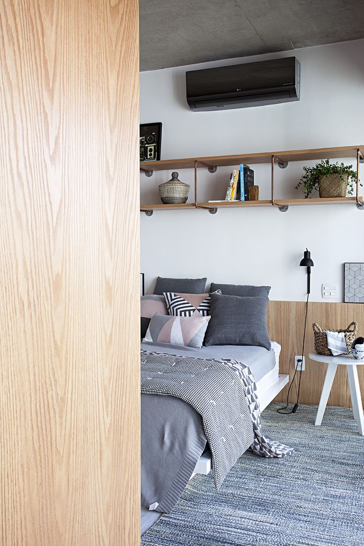 Chic Harmonia Apartment by Guto Requena in Sao Paulo