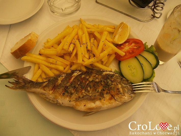 Dorada - 10 potraw, które musisz spróbować będąc w Chorwacji || http://crolove.pl/10-potraw-ktore-musisz-sprobowac-bedac-w-chorwacji/ || #Chorwacja #Croatia #Hrvatska #CroatianFood #FoodPorn