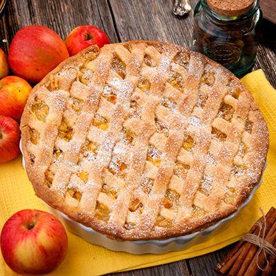 Omlós, rácsos almás pite vaníliás krémmel
