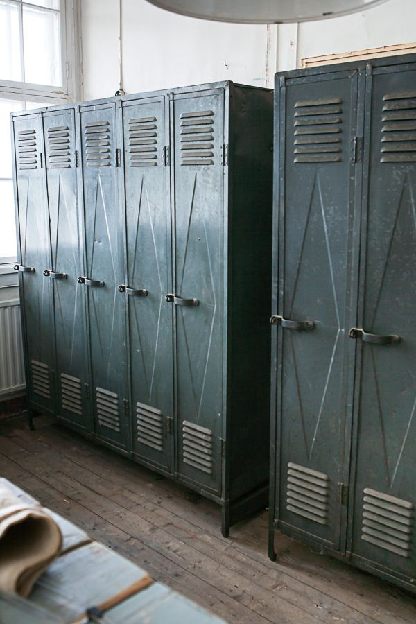 I would love a set of lockers for our breezeway - Parolan Asema: Ilahduttavia asioita