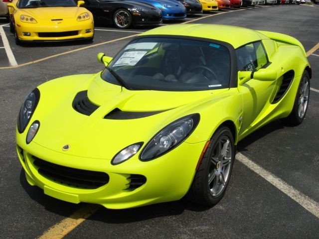 Lotus Elise, 0-60 in 4.4 seconds. One day I will own you.