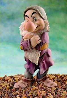 *Armani Figurines Value   Armani > Disney Figurines