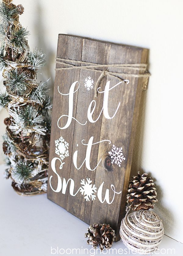Love this DIY Winter Woodland Sign. See 15 Awesome Holiday DIY Decor Ideas on www.prettymyparty.com.