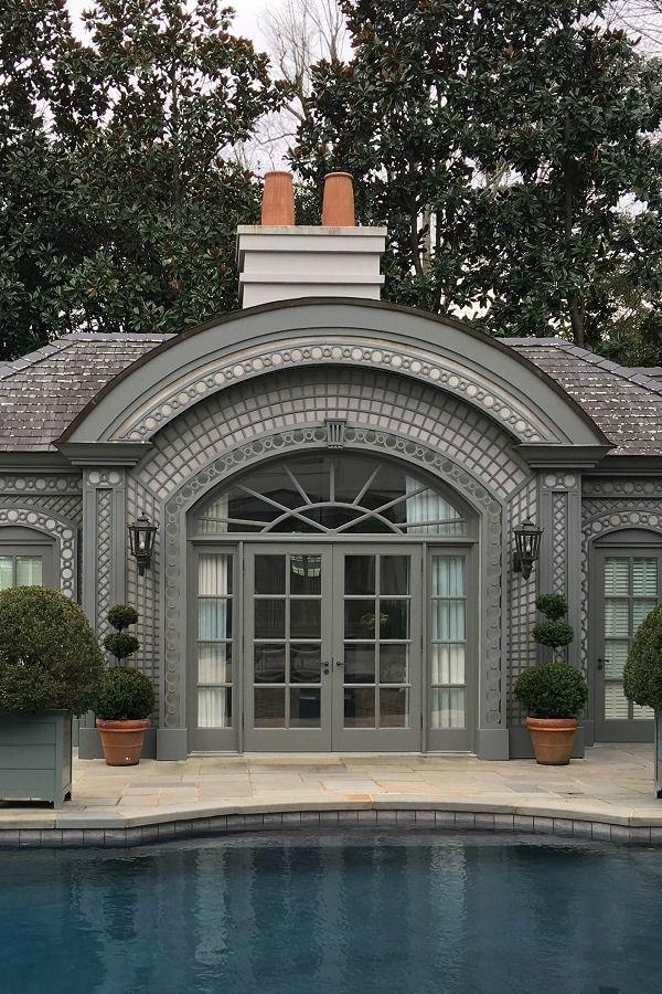 Treillage personalizado na fachada da casa da piscina   – Garden Lattice Work