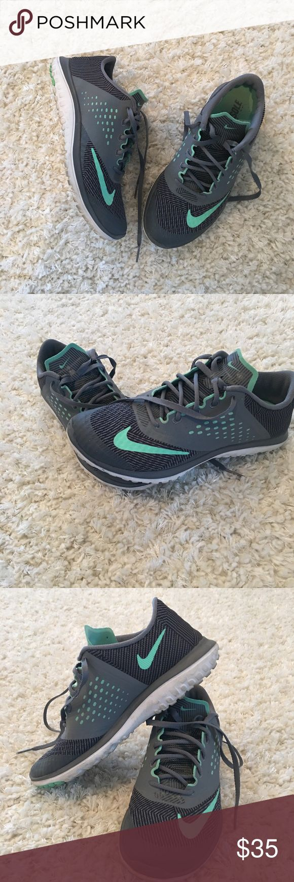 Nike Fitsole Shoes Nike fitsole shoes   Women's size 6.5  These shoes have been worn only indoors, after my foot surgery I need a wide shoes.   Very gently worn, well taken care of.   Pet free smoke free home. Nike Shoes Sneakers