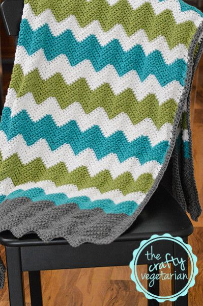 Crochet project: Multi-colour chevron blanket | thecraftyvegetarian.com