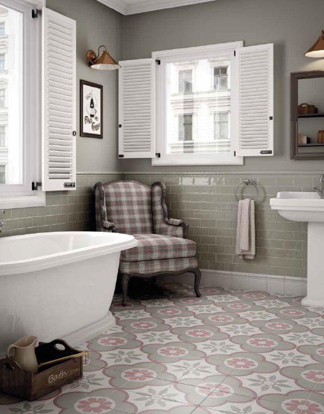 Amazing Tiles, Studio One