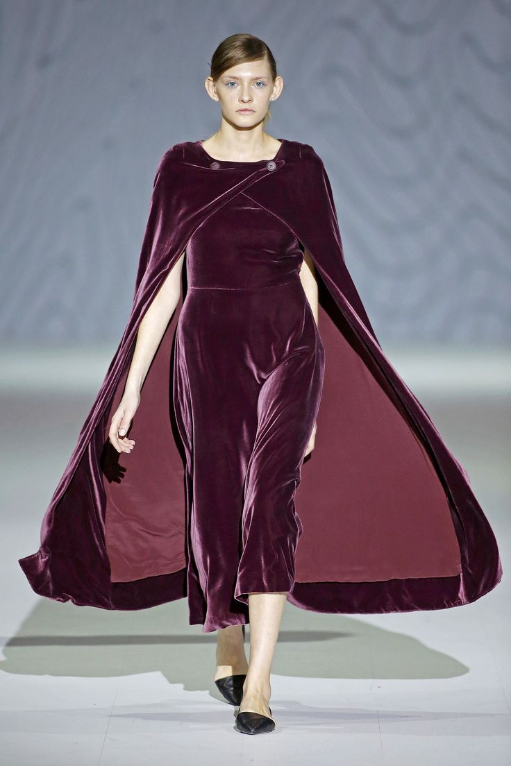 921 best Velvet Fashion images on Pinterest | Party outfits Velvet dresses and Dress skirt