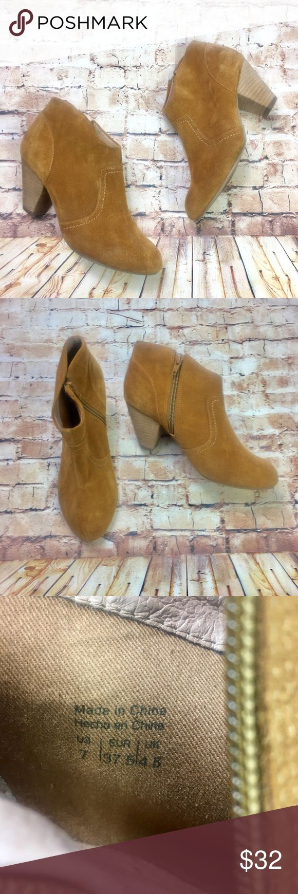 [Aldo] Tan Suede Chunky Heel Ankle Boots These are a great pair casual neutral ankle booties from Aldo. In a cognac tan faux suede these ankle boots pair perfectly with jeans for a casual look or even a floaty dress for a night out. Normal signs of wear and some slight discoloration on the top of the booties as shown. Aldo Shoes Ankle Boots & Booties