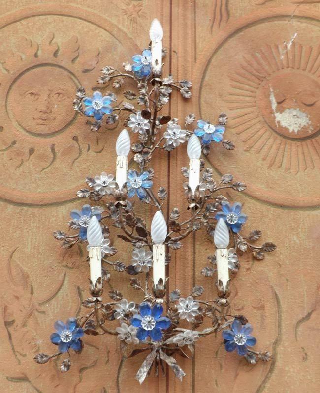 Graziosa Applique Liberty a 6 luci con cristalli blu, floreale