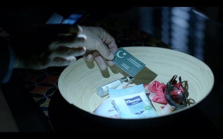 Kleenex Aqua Wipes - Homeland TV Show Scene