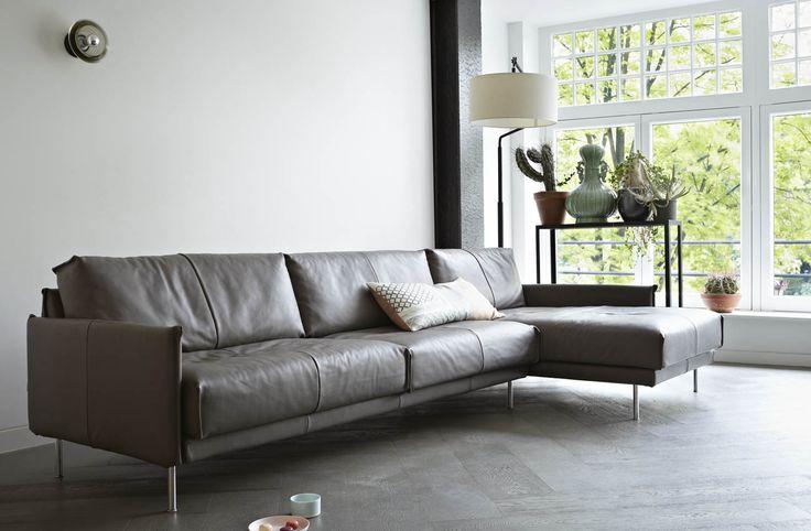 mooie vloer, bank is: Gelderland Groep 7670