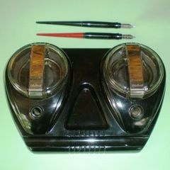 INKWELL DESK SET. 1950's RETRO. BAKELITE.