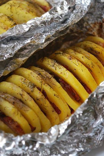 Ziemniaki pieczone w folii