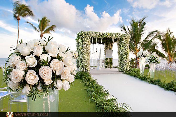 Wedding Ceremony at the Private Luxury Villa at the Casa De Campo Beach Resort.  Lush beautiful Dominican Republic Wedding Photography by Matt and Krystal Radlinski of Verve Studio.  http://www.vervestudio.com