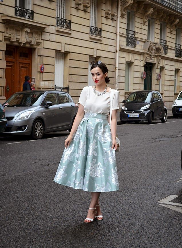 Do you mind if I wear I white top?  Popping to Paris - Duck Egg Midi Skirt by The Eiffel Tower