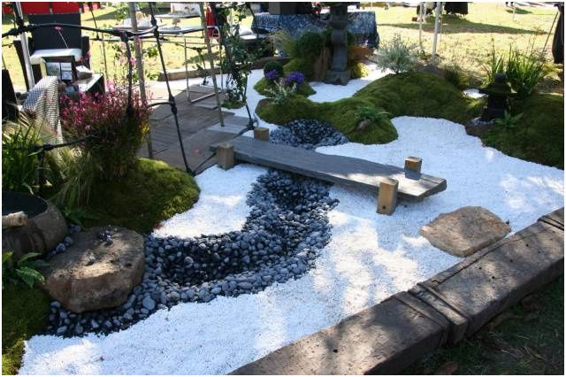 21 Joyeux Deco Exterieur Zen Gallery En 2020 Deco Jardin Zen Jardin Zen Deco Exterieure