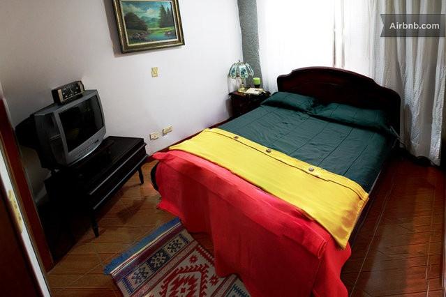 Nice double room. North Bogota . * in Bogota
