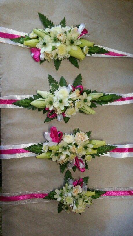 Esküvői kardíszek