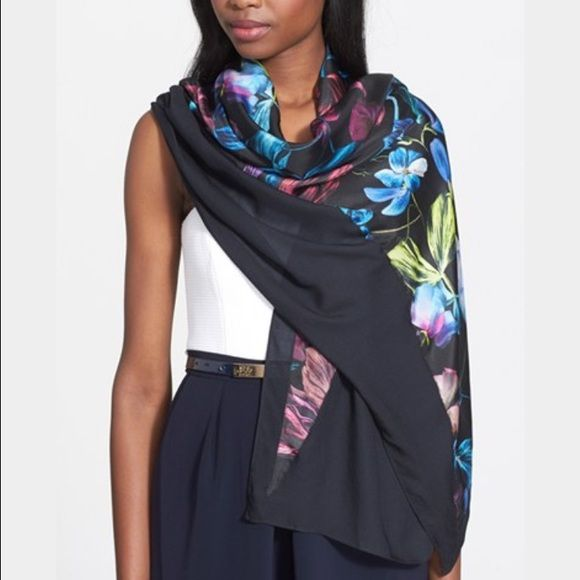 Modal Scarf - Extremely loud 100% by VIDA VIDA Discount Best Place Fake Affordable Sale Online Pick A Best Buy Cheap Manchester L2WjQBVPIy