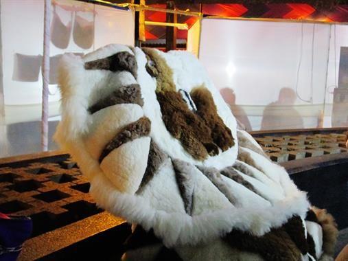 Acabo de compartir la foto de Selenia Sequeiros Tumpay que representa a: Tapetes de lana de alpaca