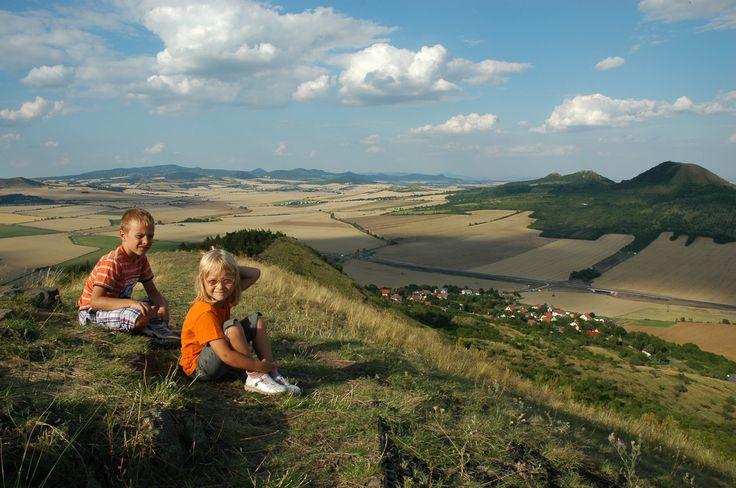 Oblik foceny z kopce Ranà ... Oblik je ten kopec s plosinkou uplne napravo.
