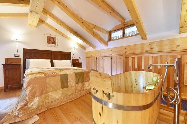 7 migliori immagini progetto appartamenti maison du tata 39 su pinterest appliques - Lampade da lettura a letto ...