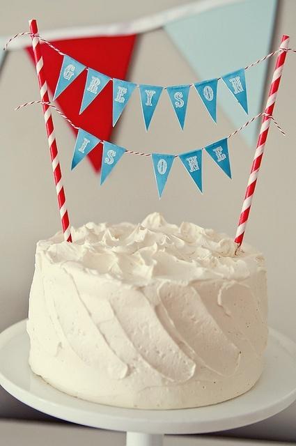 Mini cake buntings
