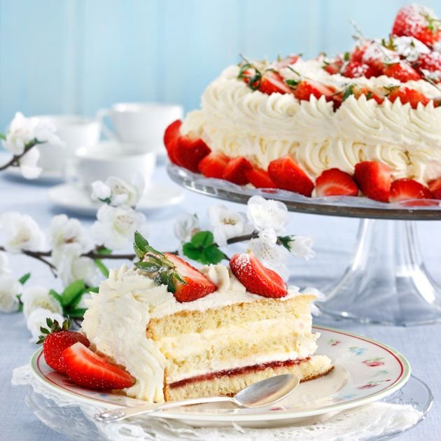 Swedish Summer Strawberry Cake