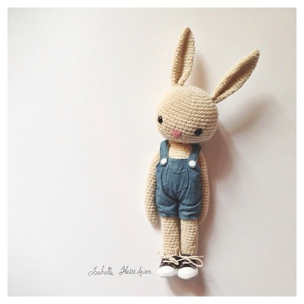 Bunny Amigurumi Anleitung : crochet bunny kids Pinterest Toys, So cute and Crochet