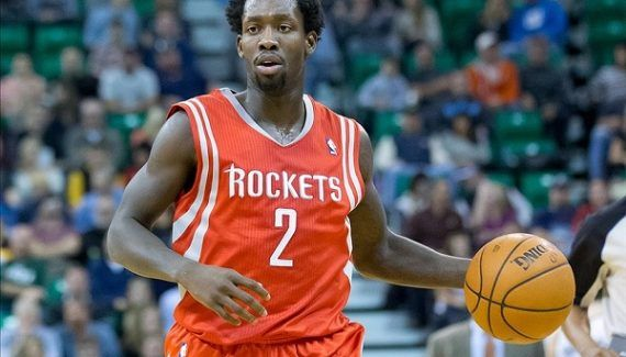 Houston : Patrick Beverley de retour sous peu -  Opéré du genou lors de la présaison, Patrick Beverley devait manquer entre 4 et 6 semaines de compétition. D'après Mike D'Antoni, relayé par le Houston Chronicle, le meneur pourrait recommencer… Lire la suite »  http://www.basketusa.com/wp-content/uploads/2016/11/patrick-beverley1-570x325.jpg - Par http://www.78682homes.com/houston-patrick-beverley-de-retour