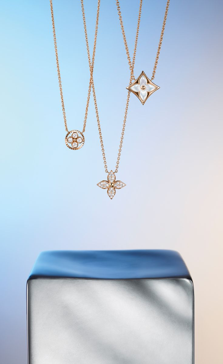For the star of your life, the Louis Vuitton Monogram jewelry collection says everything in its illuminating rose gold and diamond bliss.