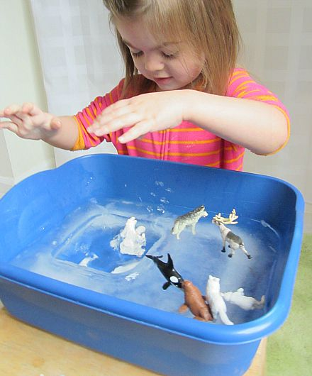 Arctic Ice Sensory Play - - Pinned by @PediaStaff – Please Visit  ht.ly/63sNt for all our pediatric therapy pins