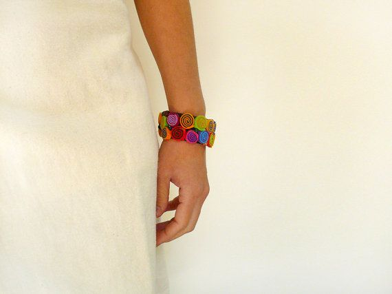 Wrap bracelet/Felt bracelet/Bracelet cuff/Beaded bracelet/Felt bangle/Bangle bracelet/Felt jewelry/Gifts for her  ► BEFORE PURCHASING PLEASE READ THE
