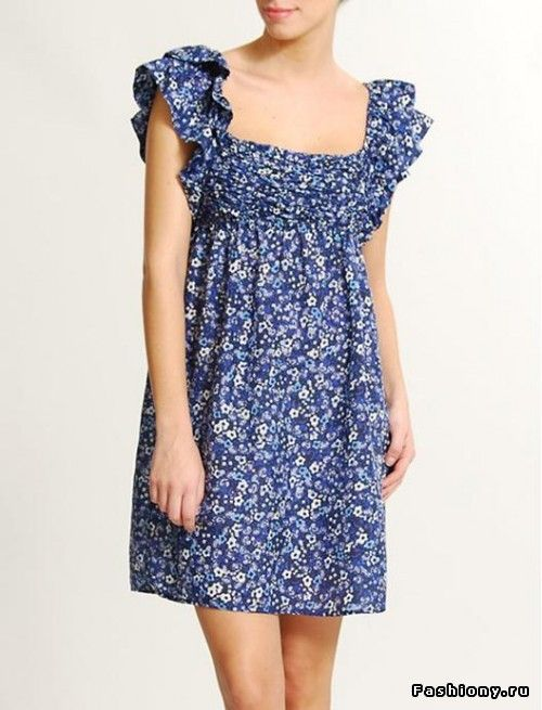 Модная тенденция весна-лето 2010 – платье с цветочным принтом / с чем носить резиновые сапоги с цветочным принтом фото