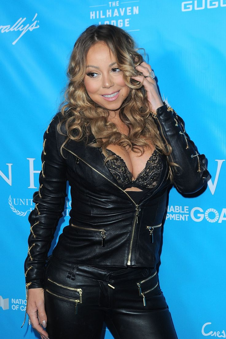 Mariah Carey Is Getting Called Out for Her Epic Thanksgiving Instagram Photoshop Fail   - ELLE.com