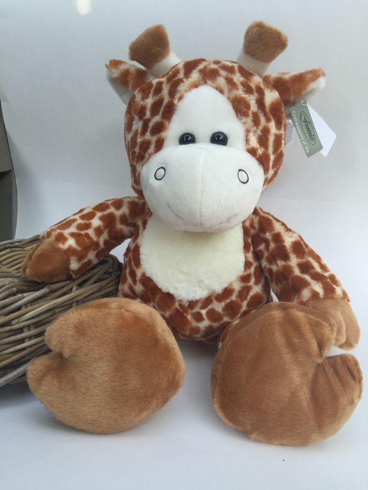 Knuffel #giraffe groot Kraamkado #kraamcadeau #baby #babykado #geboortekado #babykamer #babyshower op www.hummelkado.nl