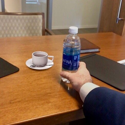 The cool thing about this photo is that the coffee cup is not real. It was inserted using the iPhone AR kit #iphone