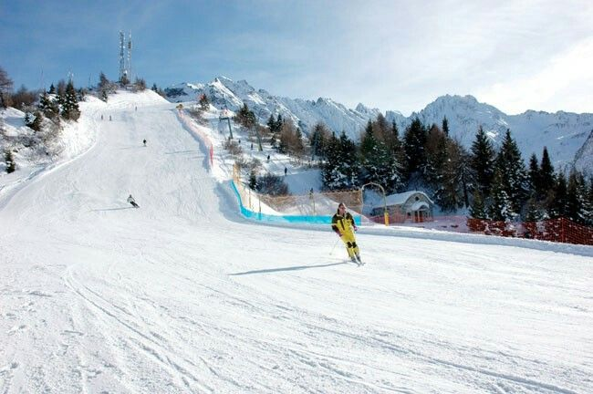 Wonderful skiing in Ponte di Legno