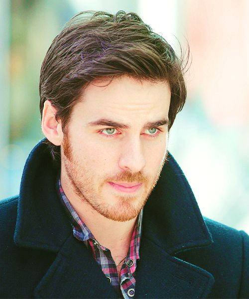 44/∞ pictures of colin o'donoghue