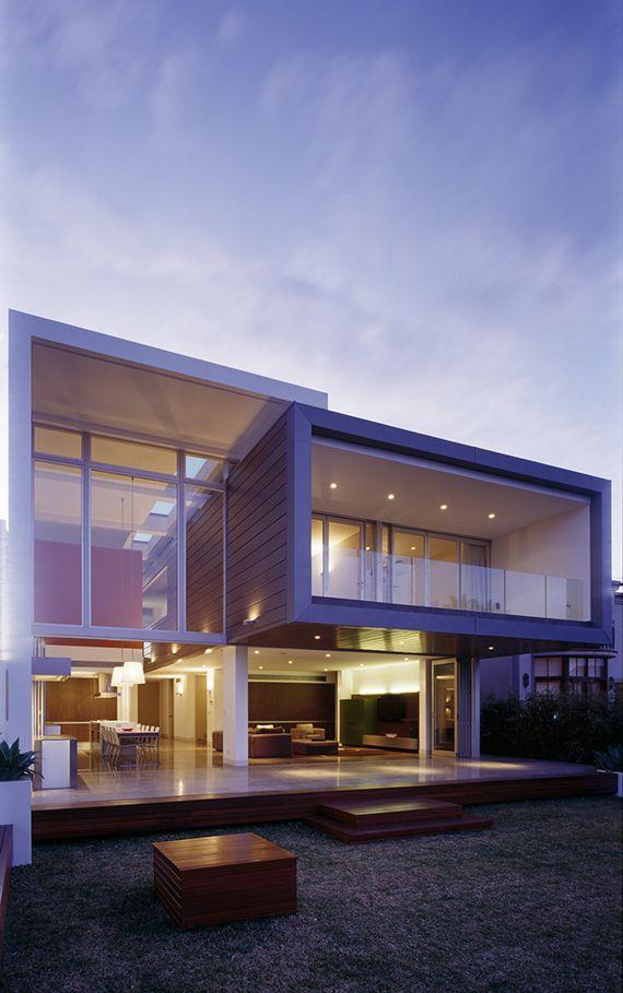 Stunning Modern Home by Minosa