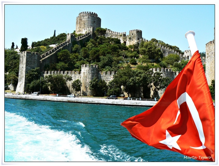 Sultan Mehmet the Conqueror built Rumeli Fortress in four months only and directly opposite to Anadoluhisari in 1452 in preparation for the final attack on Constantinople (Istanbul), which led to the downfall of the Byzantine Empire.