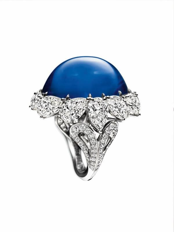 ROYAL GARDENS BY HARRY WINSTON, SAPPHIRE AND DIAMOND RING