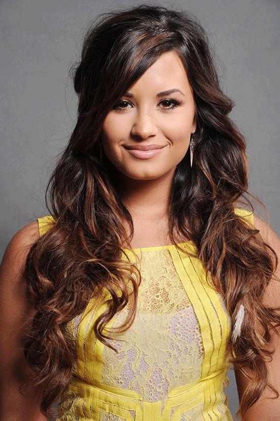 Demi Lovato attacks Americans for lack of world knowledge