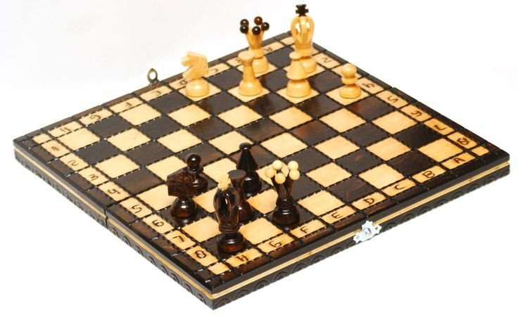 royal-mini Hand made wooden Chess set http://www.justwhatuwant.co.uk/product/royal-mini-hand-made-wooden-chess-set/