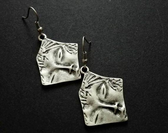Hey, I found this really awesome Etsy listing at https://www.etsy.com/listing/490037833/antique-silver-plated-earrings-ethnic