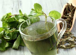 chá-verde-com 3 ervas