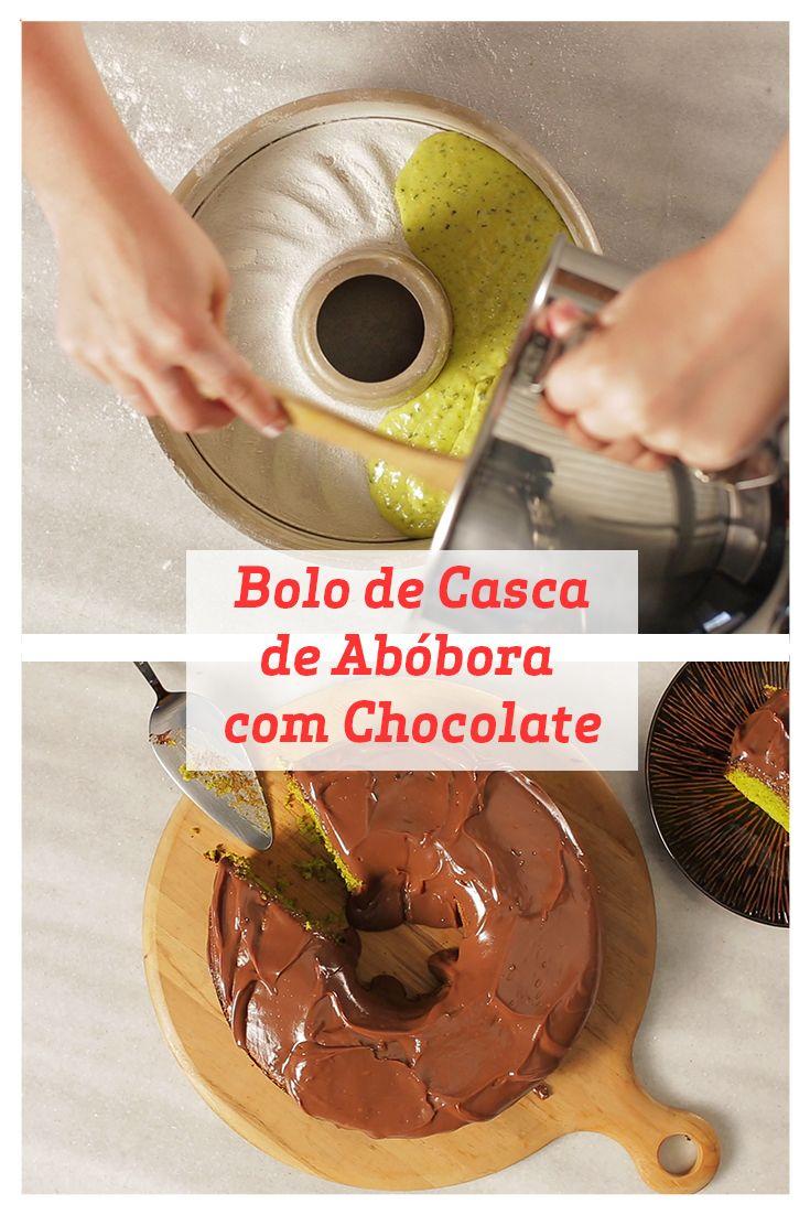 Esse Bolo de Casca de Abóbora com Chocolate é muito saboroso e nutritivo graças às propriedades naturais da casa da abóbora. Experimente!